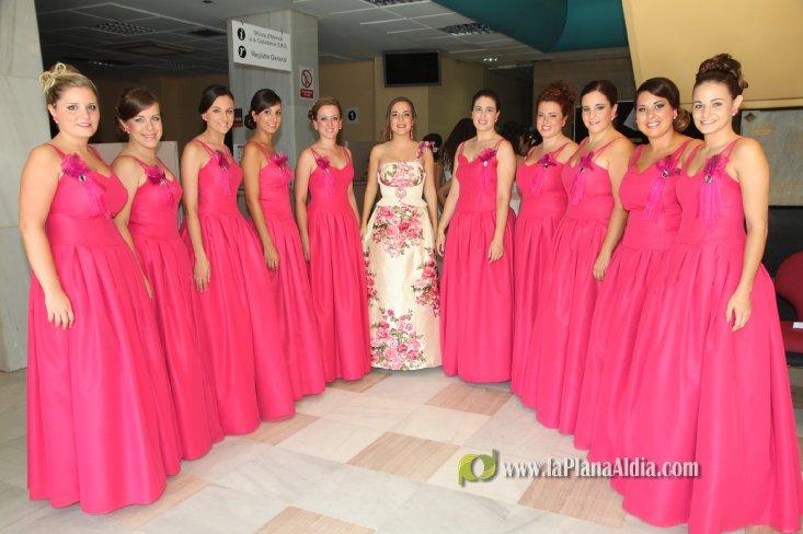 Vestidos de fiesta con flores de tela