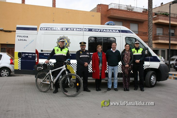 Noticias de almassora la polic a local de almassora for Oficina del policia