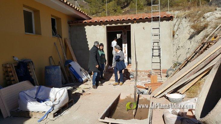 Noticias de segorbe renovaci n de instalaciones en la for Piscina segorbe